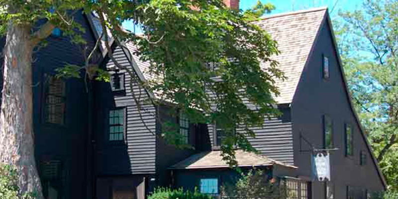 The House of the Seven Gables 1