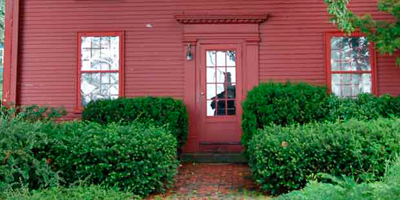 an overview of the house of the seven gables by nathaniel hawthorne Read this article on questia academic journal article nathaniel hawthorne review humor as antithesis in the house of the seven gables.