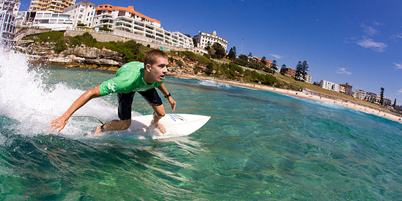 Bondi Surf 2 Hr Board and Wetsuit Rental 1