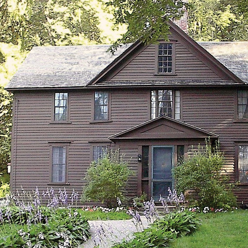 Concord: Louisa May Alcott Orchard House