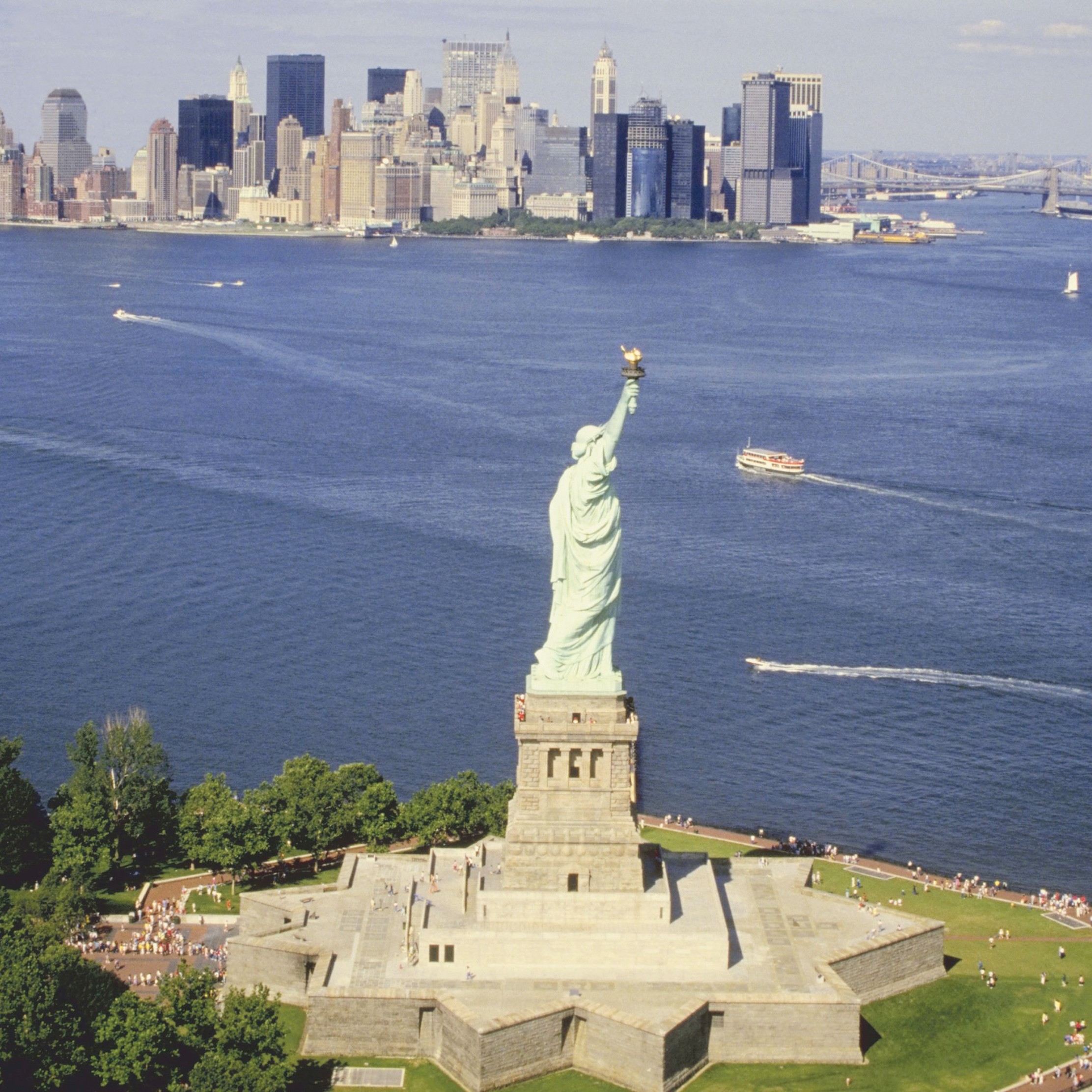 Nyc_Att_Statue_of_Liberty_and_Ellis_Island_Immigration_Museu