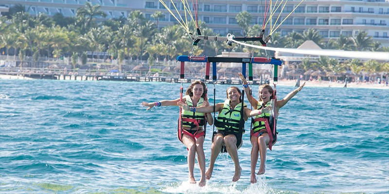 Parasailing Adventure with door to door transportation from Cancun