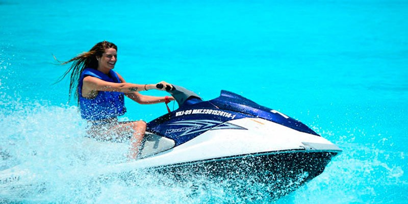 30 Minute Waverunner Rental Lagoonside