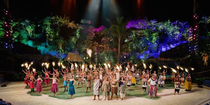 Polynesian Cultural Center's Alii Luau and Dinner Show