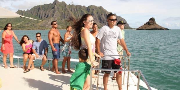 クアロア・ランチのカタマラン船ツアー