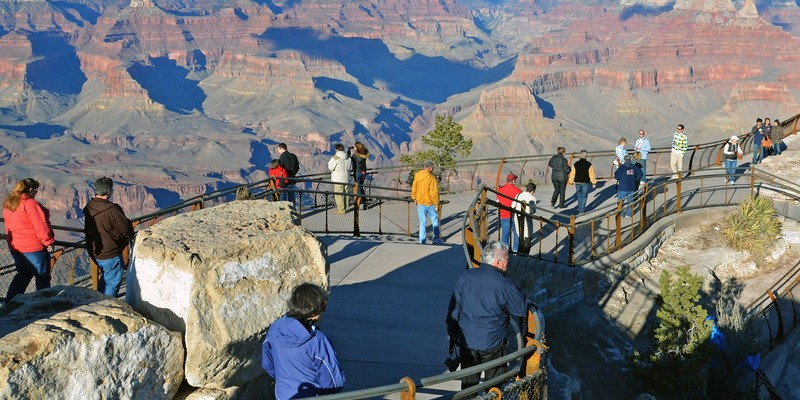 Grand Canyon Tour: Including lunch, snack, and park entry fees