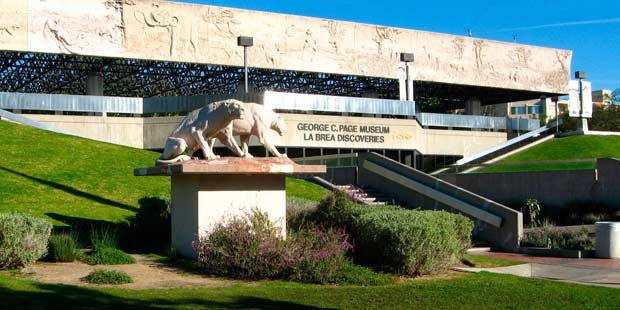 La Brea Tar Pits and Museum