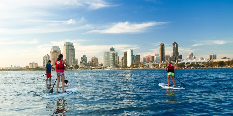 科罗纳多自行车和皮艇之旅:站立浆板租赁